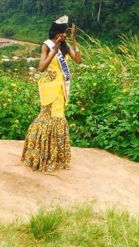 Miss Cameroun 2016 avec sa courronne