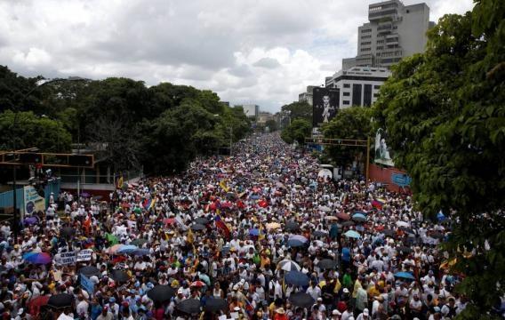 Fotos: Marcha 1 de septiembre: Tensión en las calles de Venezuela ... - elpais.com