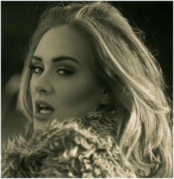 Pop star Adele: postnatal depression