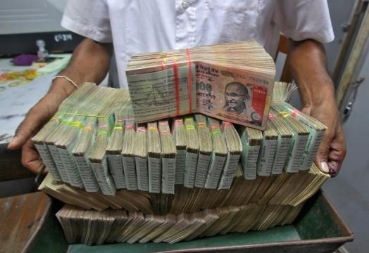 India PM Narendra Modi announced Rs500 and Rs1000 banknotes withdrawal - ibtimes.co.uk