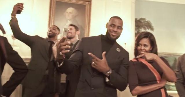 Lebron James y Michelle Obama hicieron su Mannequin Challenge en la Casa Blanca