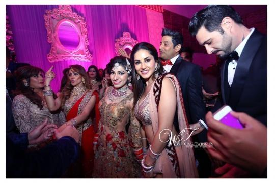 The Beautiful Wedding Story Of Singer Tulsi Kumar And Hitesh ... - yahoo.com