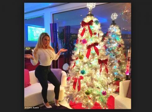 Coco Austin via Dailymail.com :http://www.dailymail.co.uk/tvshowbiz/article-3972906/Coco-Austin-Britney-Spears-festive-trees-stars-prep-holidays.html