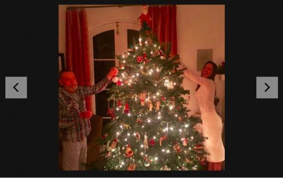 Yahoo Image: https://www.yahoo.com/celebrity/celebrities-christmas-trees-2016-edition-slideshow-wp-223942809/photo-p-instagram-p-photo-223942178.html