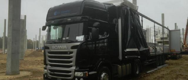 Il tir utilizzato per la strage di Berlino: il mezzo sarebbe stato rubato ad una ditta di trasporti polacca