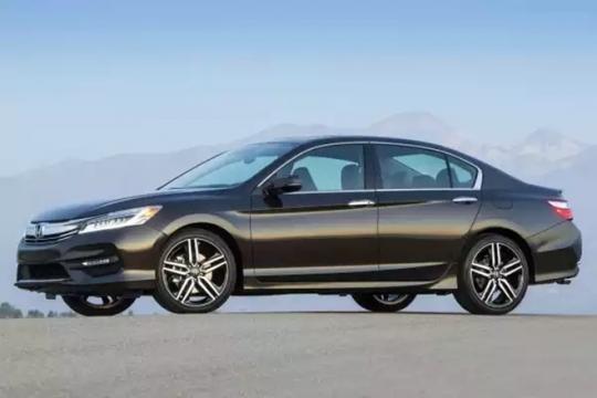 O Honda Accord é vendido em versão única no mercado nacional