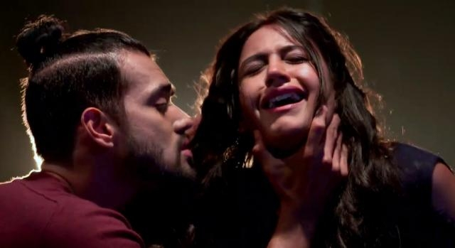 Dakhsa and Surbhi Chandana in 'Ishqbaaaz' (Youtube screen grab)
