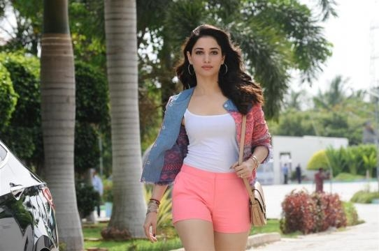 Tamanna hot stills from Kaththi Sandai Tamil Movie | Maamovi - maamovi.com