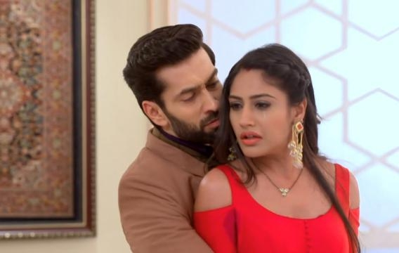 Anika and Shivaay divorce in IShqbaaz (Youtube screen grab)