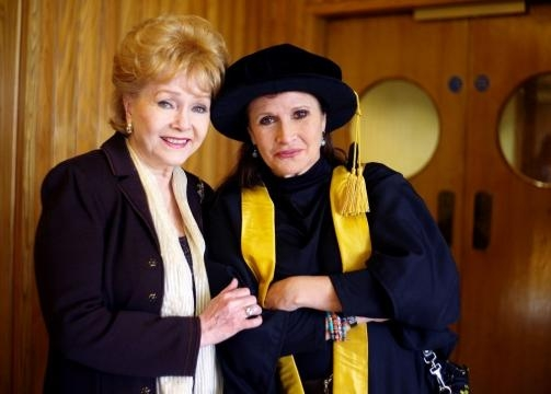 Carrie Fisher and Debbie Reynolds Photos Photos - Carrie Fisher ... - zimbio.com