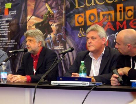 Joe Dever, al centro, durante il Lucca Comics And Games del 2007