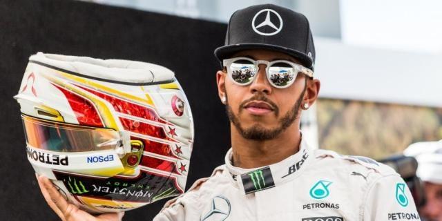 Lewis Hamilton, seul dans son monde en Formule 1 (Crédit image : francetvsport.fr)