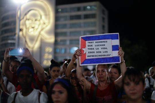 Raúl Castro cierra el homenaje a Fidel - La Jornada