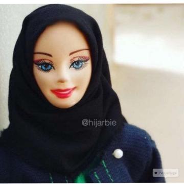 Hijarbie - Foto via www.instagram.com/hijarbie/