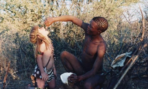 Tippi passou muito tempo com as tribos locais