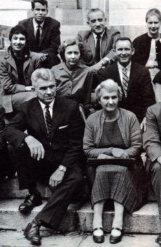 Rhine, su esposa Louisa y otros parapsicólogos