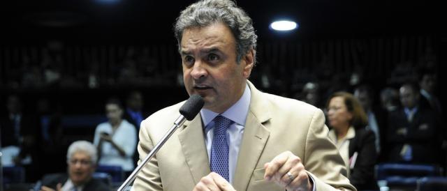 Senador Aécio Neves foi um dos citados