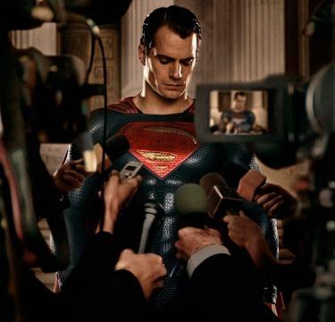 DC presenta un nuevo spot de 'Batman v Superman'