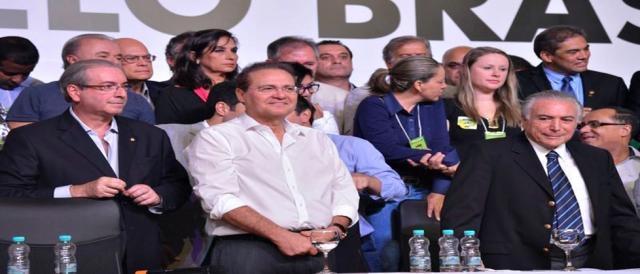 Políticos do PMDB reunidos em Brasília