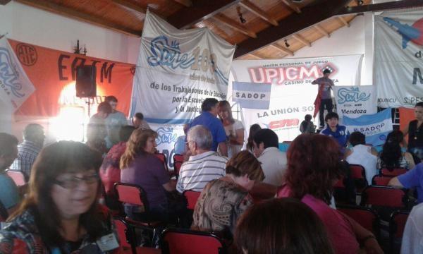 Congreso multisectorial en Guaymallén