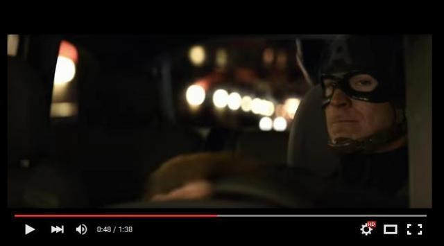La compañía automotriz estrena un nuevo clip a modo de comercial de uno de sus nuevos autos, el cual aparecerá durante el filme. Miralo a continuación