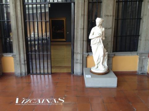 Las Vizcainas, exposición de piezas de la vieja escuela de señoritas