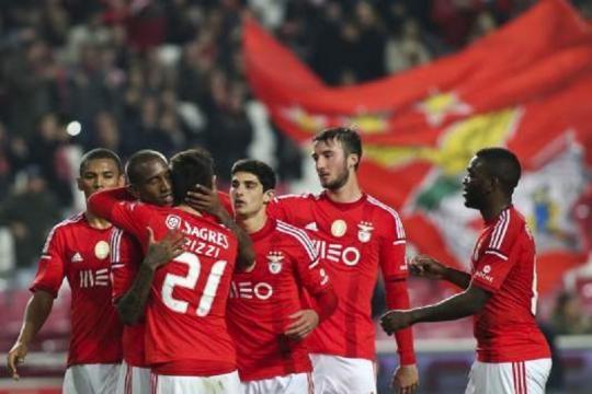 O jogador do Benfica Pizzi foi pai de um menino