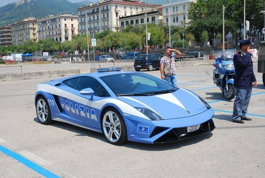 La nuova unità della Polizia di Stato, la Lamborghini Huracan