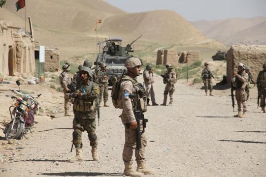 Patrulla conjunta afgano-española en la ruta Opal.