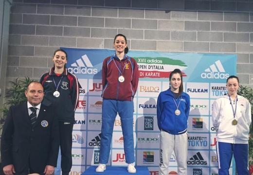 Sara Brogneri sul podio della categoria under 21