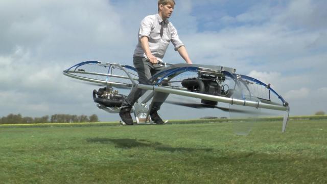 Colin Furze con su último invento la aeromoto