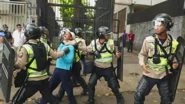 Horrores en Venezuela, Caracas