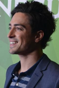 Ben Feldman stars the show as Jonah