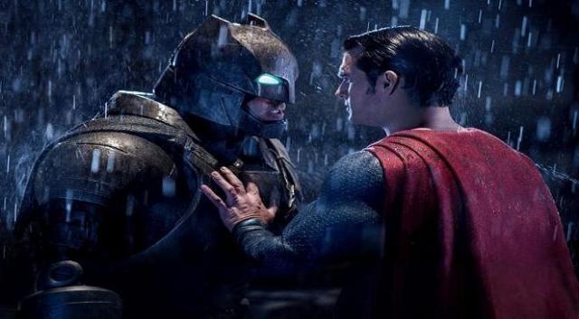 A días de culminar su paso por taquilla, 'Batman v Superman' sella su lugar en la historia