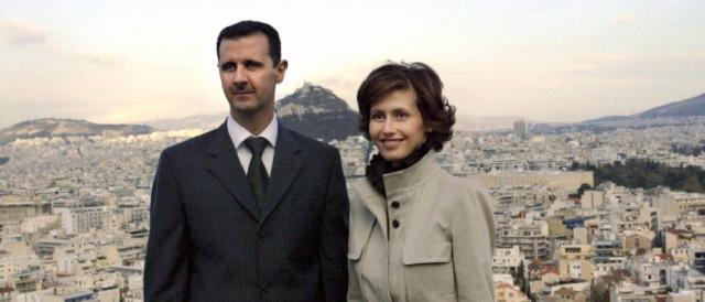 Il presidente siriano Bashar al-Assad e la moglie Asma