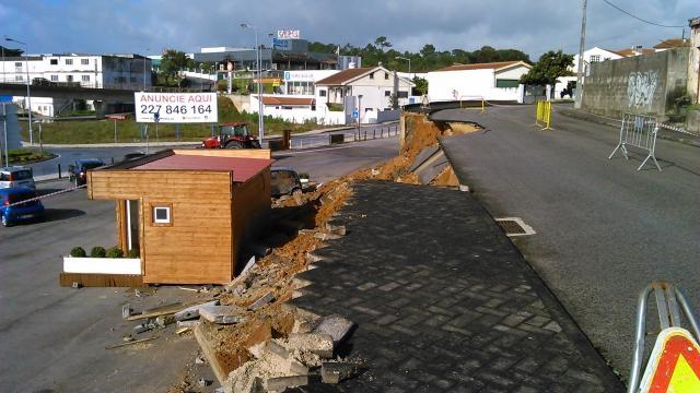 Rua Forno da Telha, sobre uma curva de nível