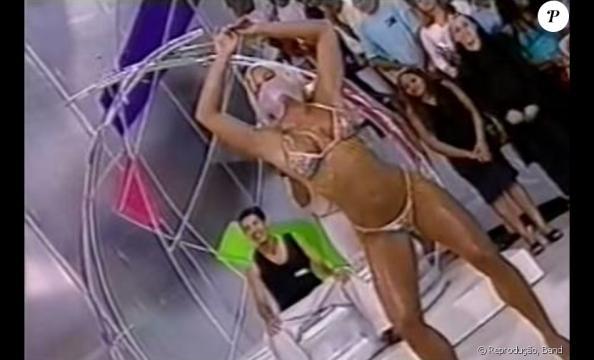 Como Feiticeira, Joana fez muito sucesso e se tornou símbolo sexual do Brasil nos anos 90.