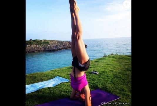 Pelo Instagram, Joana mostra seus treinos, sua família e sua boa forma.
