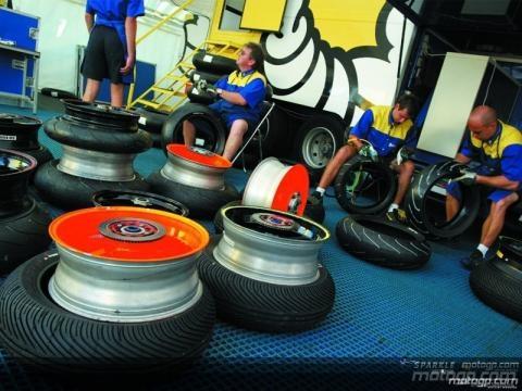Michelin: Así se abastece a los equipos del MotoGP - motogp.com