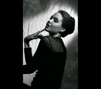 Angelina Jolie foi considerada uma das mulheres mais bonitas do mundo.