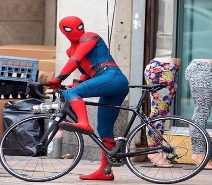 Tom Holland es víctima de una nueva captura en el set de 'Spider-Man: Homecoming'