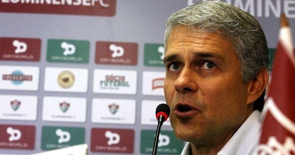 Sem Diego Souza e Gerson, Fluminense prioriza chegada de um camisa ... - com.br
