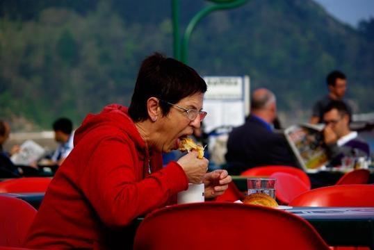 Seu modo de comer pode ter relação com a sua personalidade
