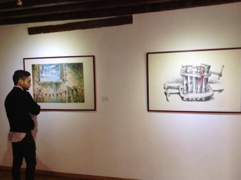 Se participa al visitante de una colección reciente del arte isleño