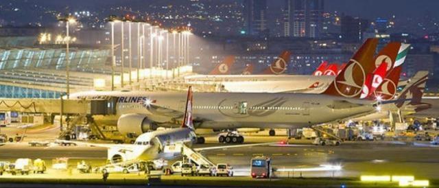L'aeroporto 'Ataturk' di Istanbul, recente obiettivo dei terroristi