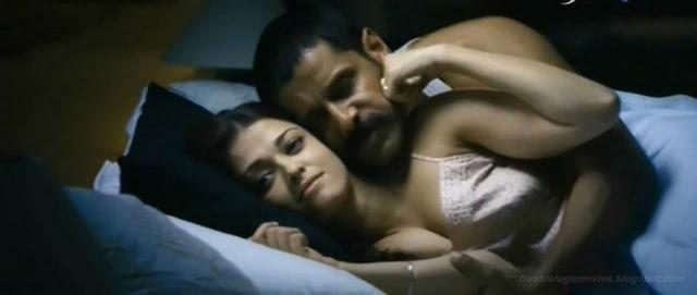 Aishwarya Rai's family irked with intimate scenes in 'Ae Dil Hai Mushkil' (Panasiabiz.com