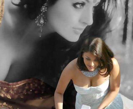 Aishwarya Rai's family irked with scenes with Ranbir Kapoor (Panasiabiz.com)