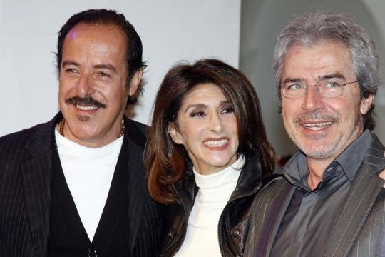 Anna Marchesini con i colleghi del trio