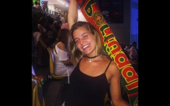 Kelly Bailey apoia a equipa das quinas no Euro 2016