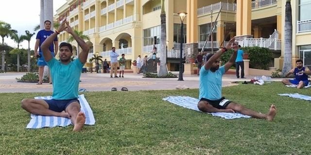 Virat Kohli and the India Players doing Yoga (Twitter)